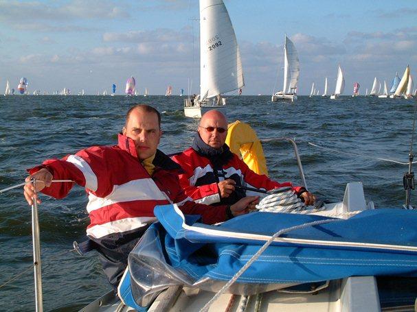 Zeshonderd boten aan start 24 uurs zeilrace