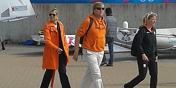 Foto's: Willem Alexander en Maxima bij zeilers