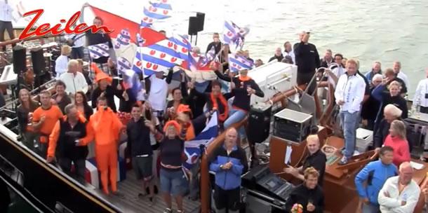 Video: huldiging Marit Bouwmeester aan boord Holland