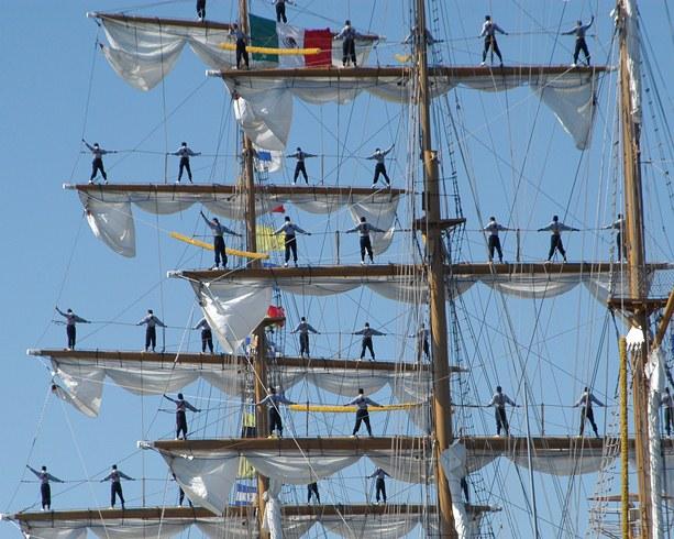 Kleurrijke Mexicanen naar Sail Den Helder