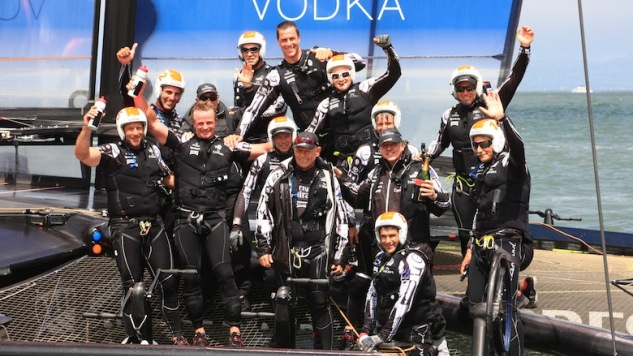 Emirates Team New Zealand wint Louis Vuitton Cup