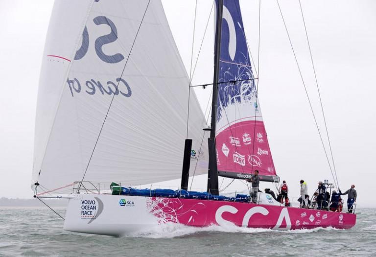 Vrouwen wedijveren in Volvo Ocean Race