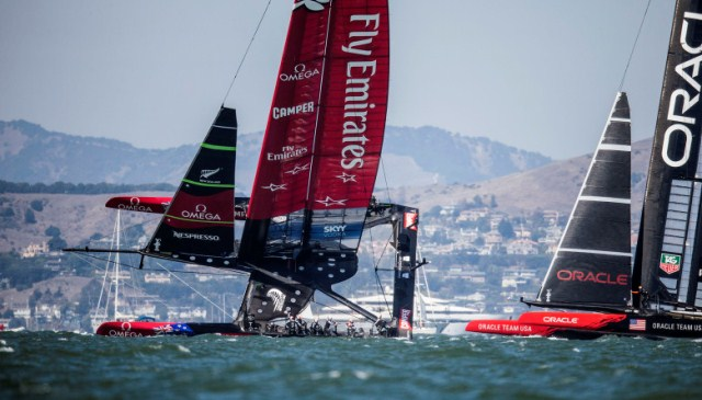 Emirates Team New Zealand bereidt rechtzaak voor