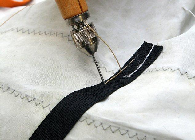 EHBO voor zeilen: band vervangen