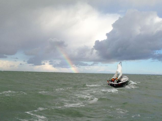 IJspegel-jacht Panther breekt mast