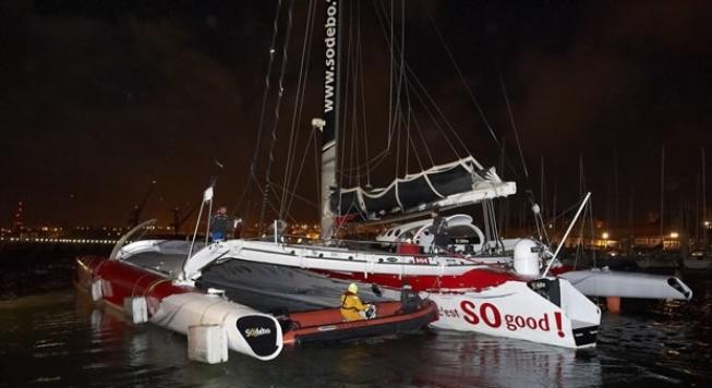Trimaran Sodebo vertrokken voor recordpoging rondje wereld