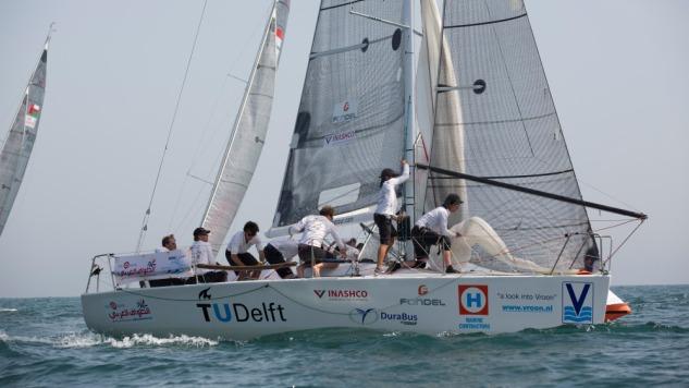 Studentenzeilteam neemt deel aan Sailing Arabia the Tour