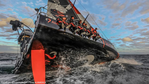 Teams Volvo Ocean Race steeds completer
