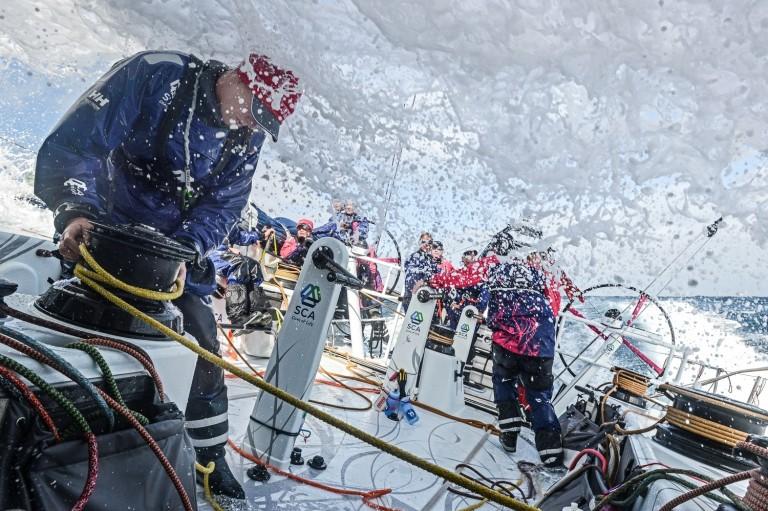 Eerste strijd tussen Volvo Ocean 65 boten