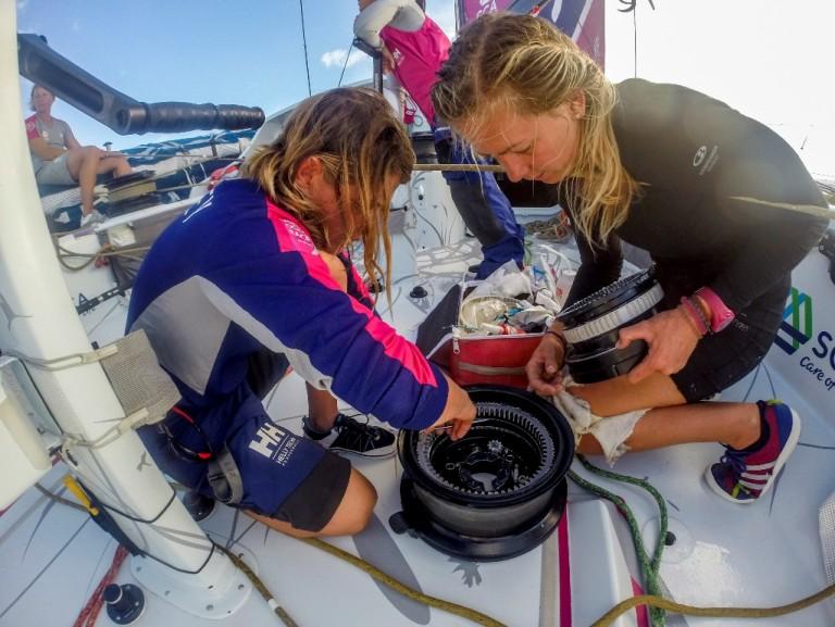 Eerste tien dagen Volvo Ocean Race in beeld