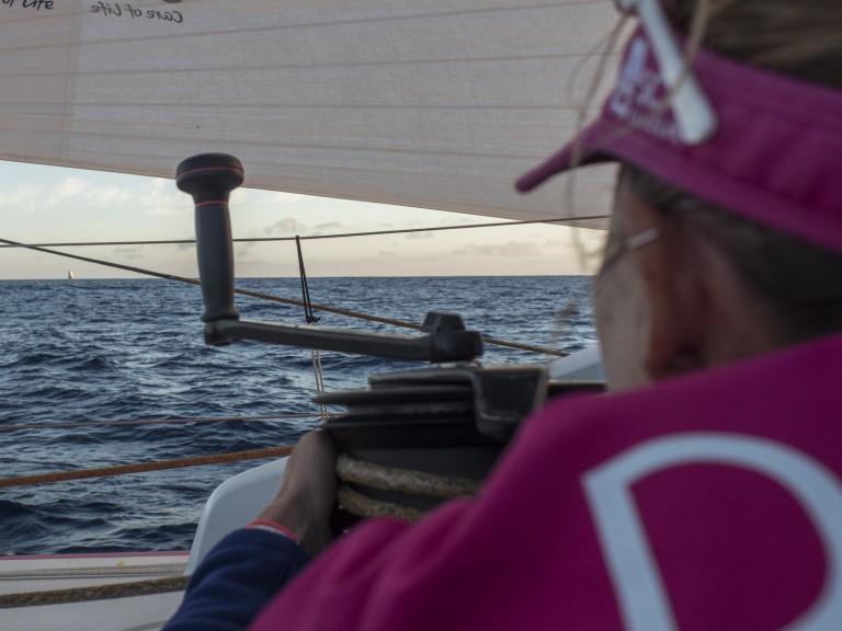 Volvo Ocean Race teams putten elkaar uit