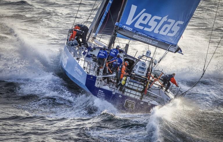 Team Vestas vaart op rif
