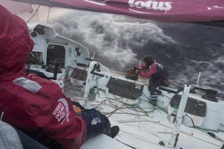Carolijn Brouwer vanaf SCA-boot