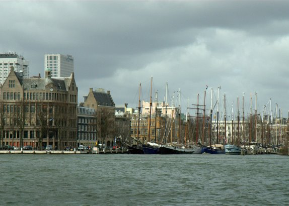 Race of the Classics verwaaid in Rotterdam