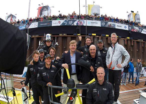 Koninklijk afscheid van Volvo vloot na pitstop (video)