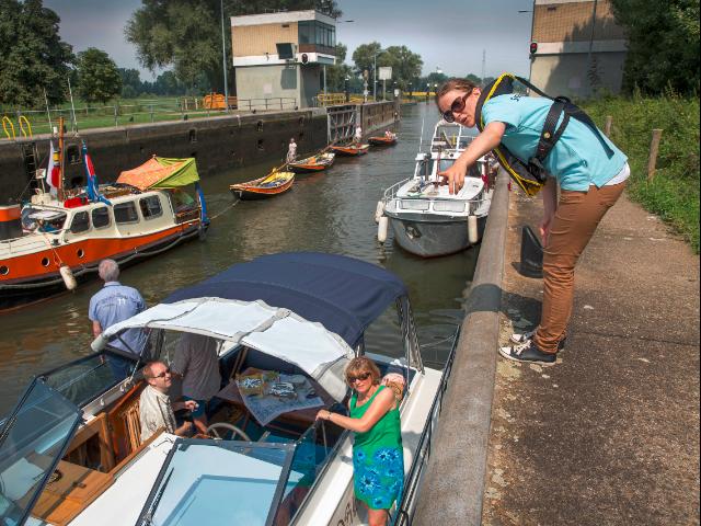 Rijkswaterstaat zet vanaf zaterdag stewards in