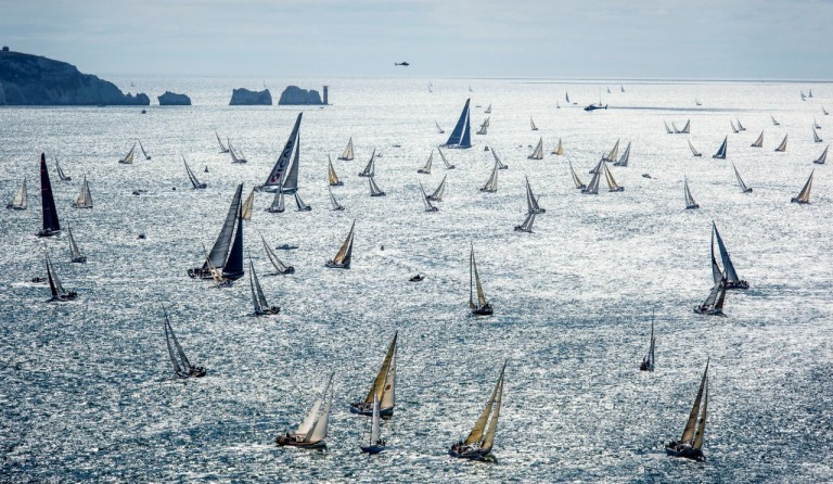 46e Fastnet Race van start met ruim 3000 zeilers