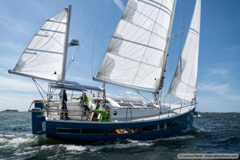 Zeilen brengt boten met een verhaal bijeen tijdens Hiswa te Water