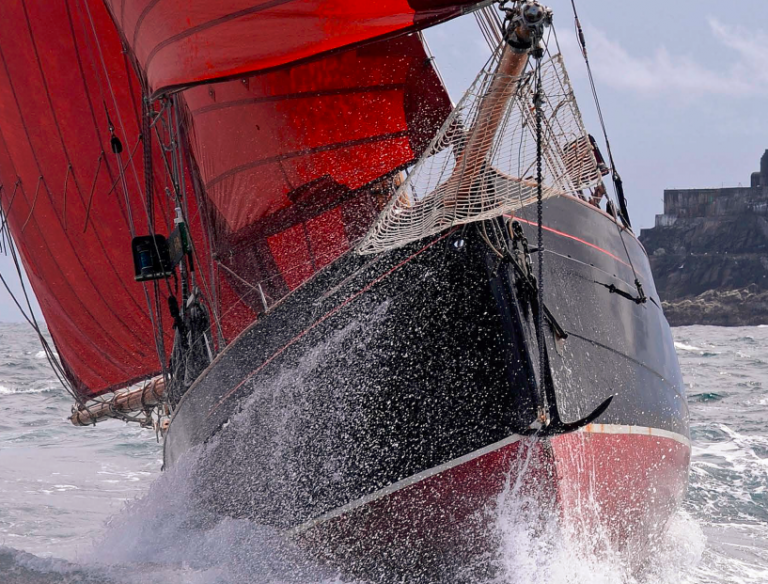 Jolie Brise op de valreep naar Sail Amsterdam