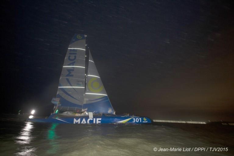 Trimaran MACIF snelste in Transat Jacques Vabre