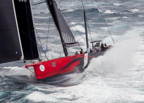 Comanche pakt line honours Rolex Sydney Hobart Yacht Race