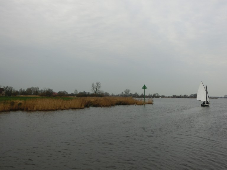 Friese winterzeiltocht in een Valk