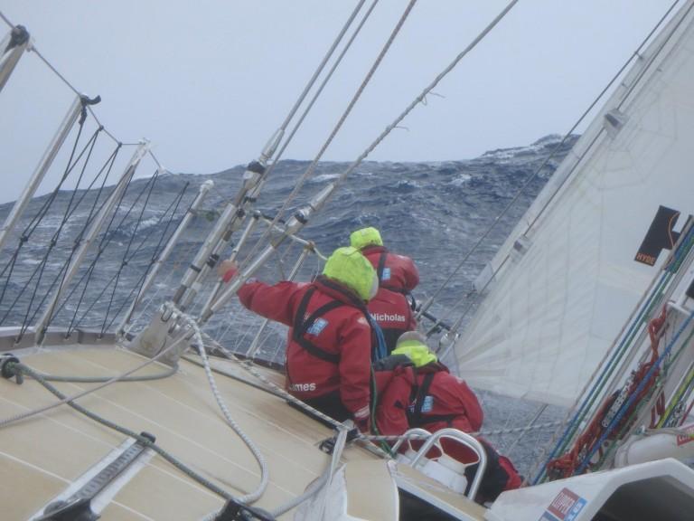 Jan van de Laar: Overleven met 106 knopen wind