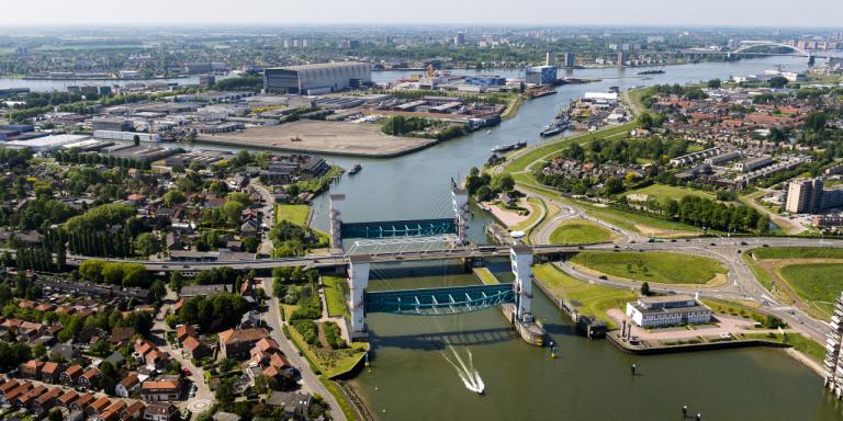 Beperkte doorvaart bij Hollandsche IJsselkering