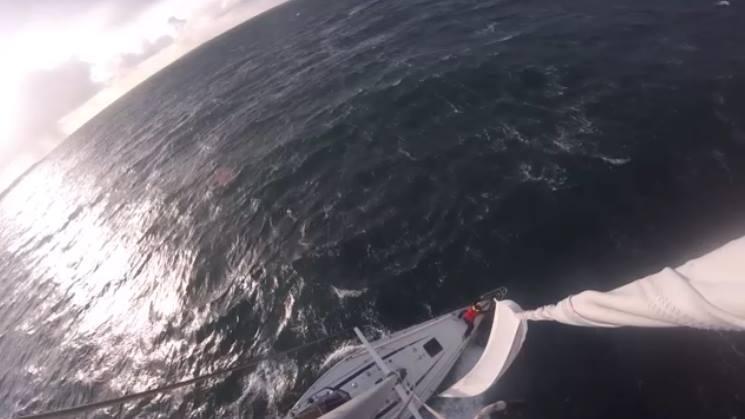 Zwaar weer zeilen bij Noorwegen