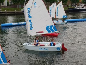 Optimist zeilen in Medemblik