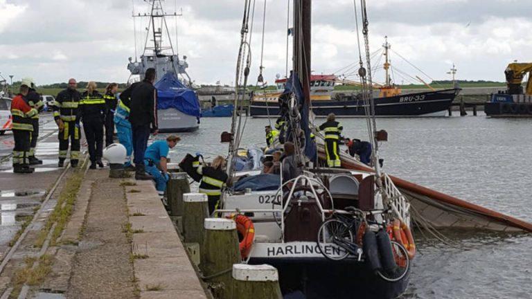 Drie mannen omgekomen na afbreken van mast