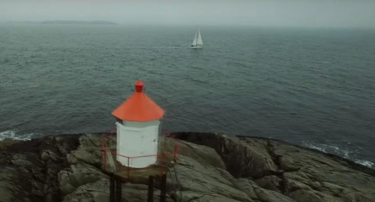 Erik Aanderaa zeilt over de Noorse zeeën