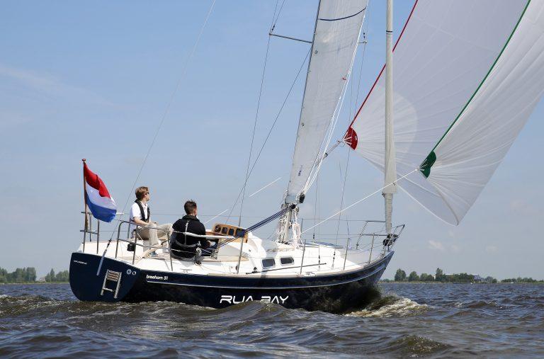 Breehorn Werf viert 50-jarig bestaan met 60 Breehorns in Kiellinie