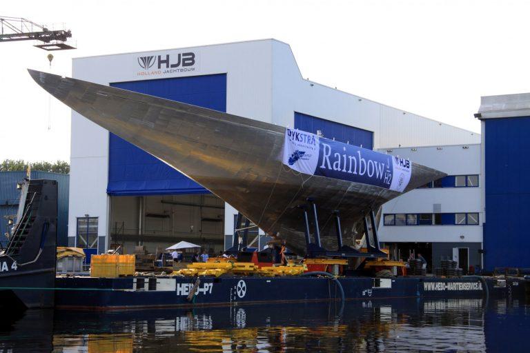 Royal Huisman neemt hallen van Holland Jachtbouw in gebruik