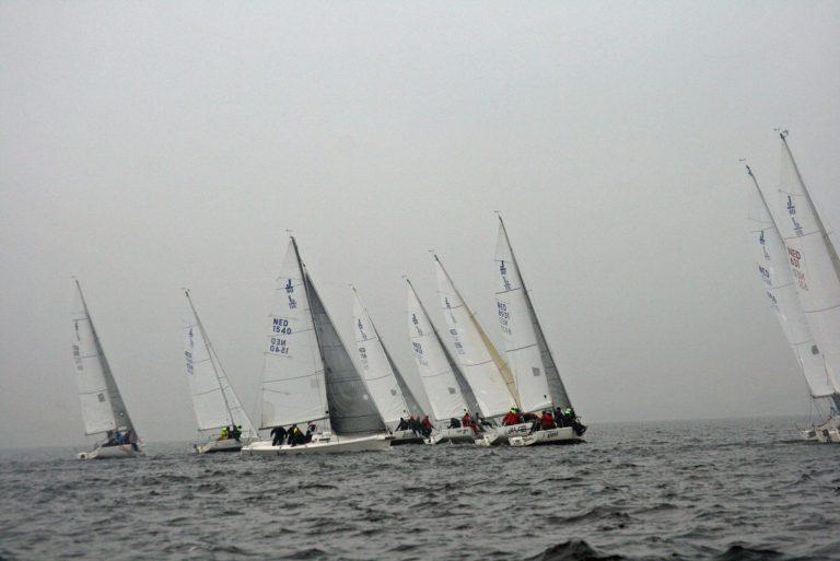 Laatste Frostbite Cup voorproefje op Benelux Kampioenschap J/80
