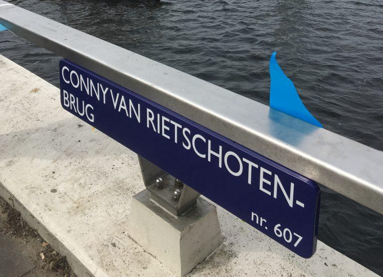 Brug vernoemd naar Conny van Rietschoten
