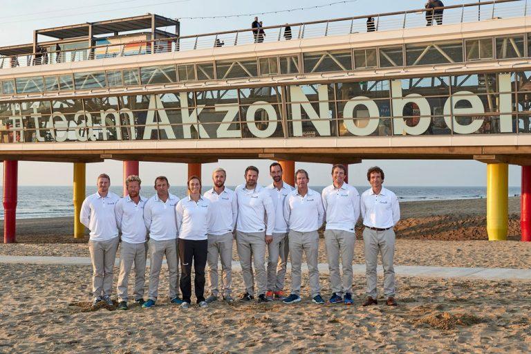 Acht heren en één dame voor Team AkzoNobel