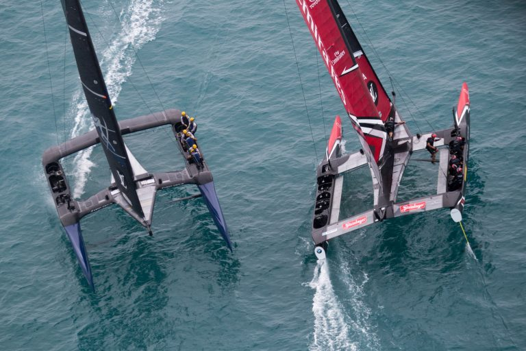 New Zealand wint America's Cup kwalificatie