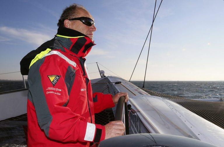 Francis Joyon verbreekt eigen record in Atlantische oversteek