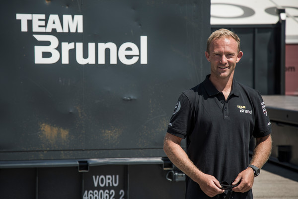 De wereld van Team Brunels shore crew engineer