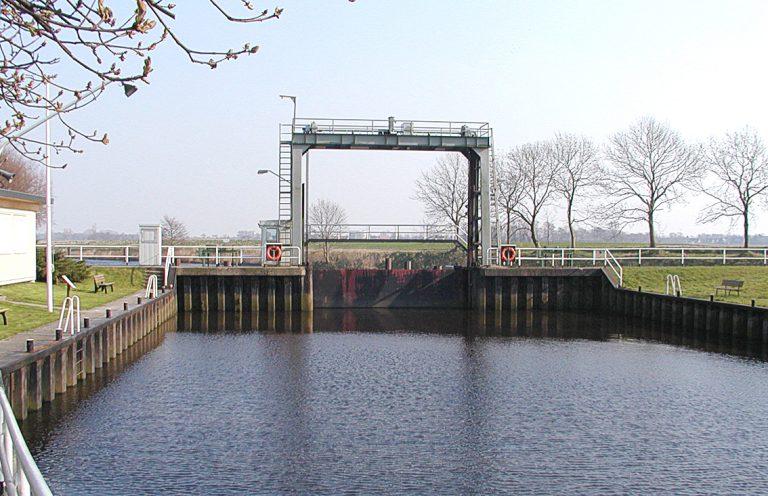 Elbe-Weser-scheepvaartroute jarenlang gestremd