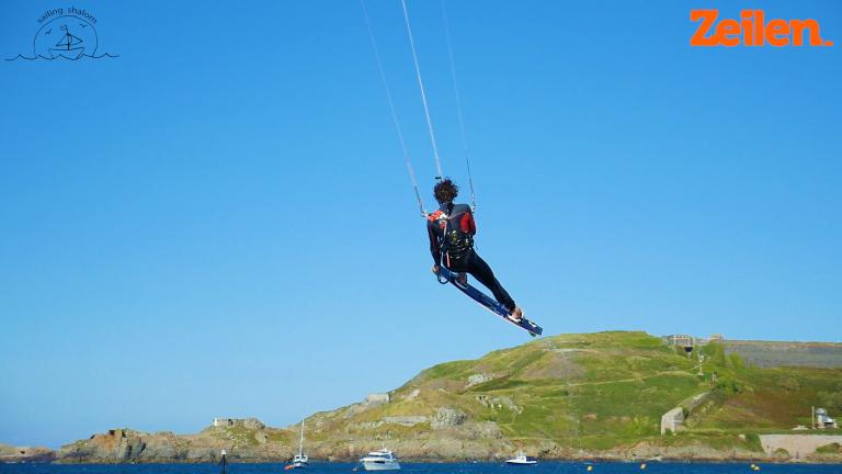 Sailing Shalom – 5. Kitesurfen op Alderney