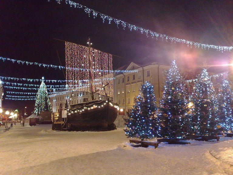 Kerstmarkthoppen met de boot