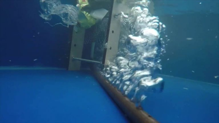 Plastic soup aanpakken voordat het in zee komt