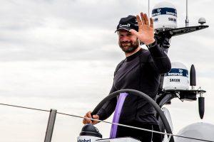 VOR-schipper Simeon Tienpont is jarig