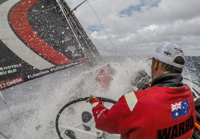 Man overboord in Volvo Ocean Race