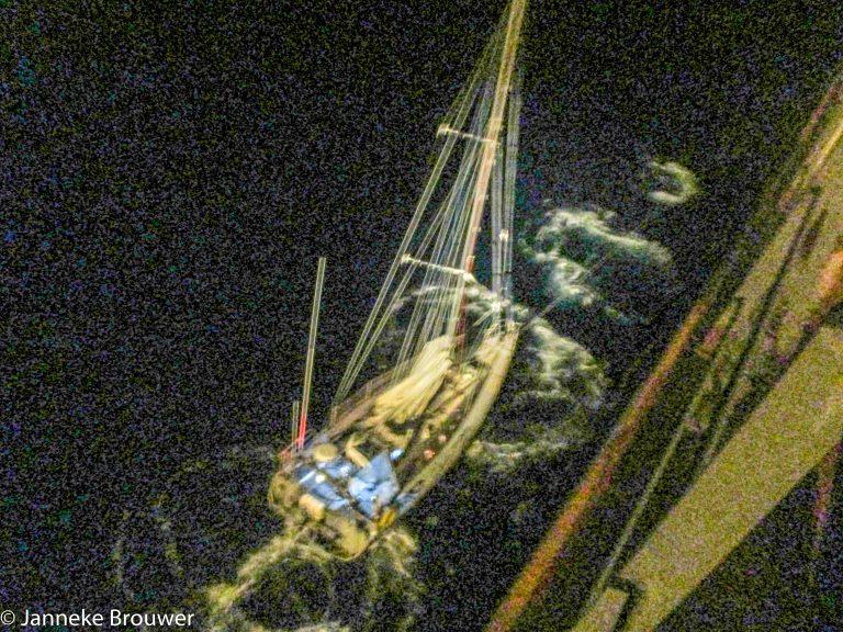 Janneke Brouwer: Gered op de Stille Oceaan