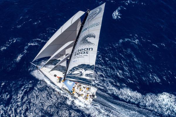 Volvo Ocean Race-vloot bijna terug in Europa