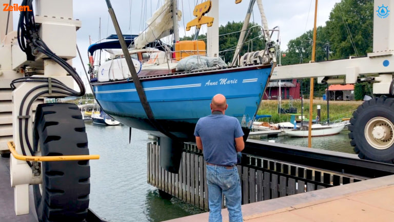 SY Anne Marie (S4A13): In het zicht van de haven…