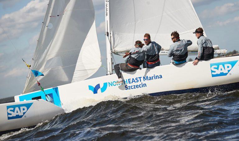 Twee Nederlandse teams bij WK studentenzeilen
